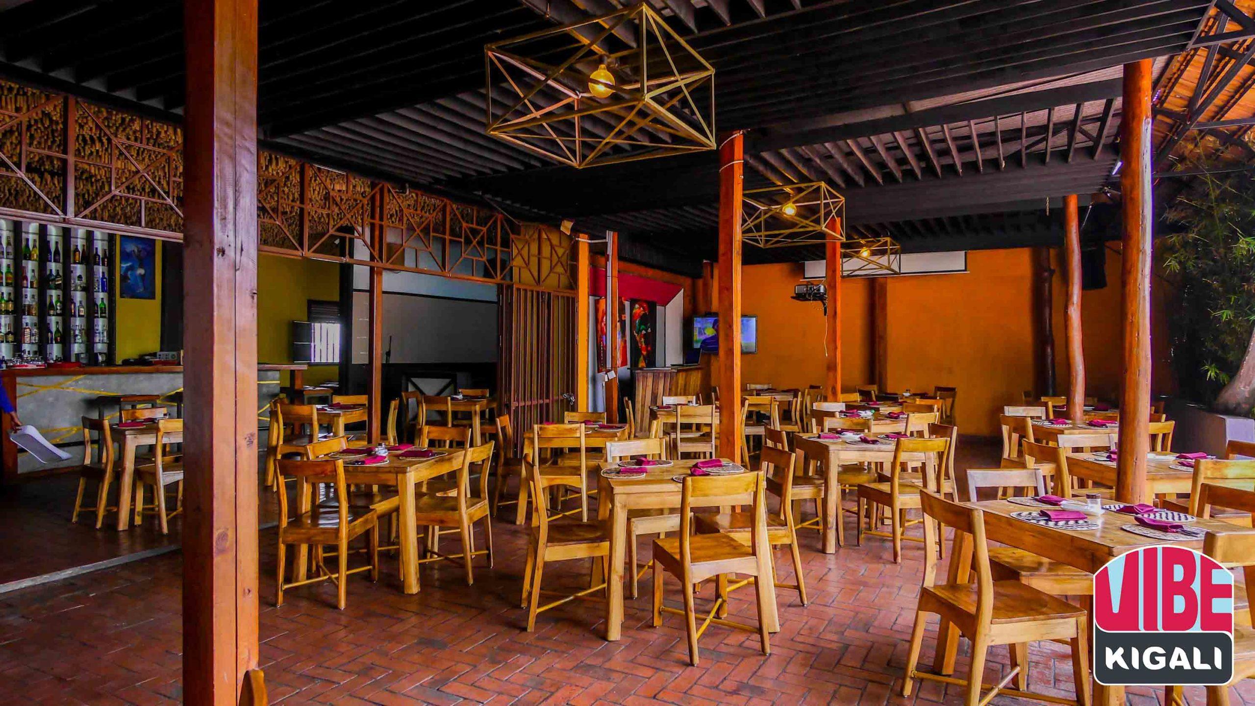 Burrows Bar & Restaurant